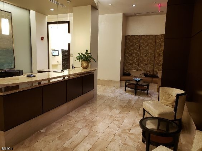 Condo / Townhouse for Sale at Morristown, New Jersey 07960 United States