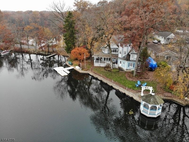 Single Family Homes للـ Sale في 100 KINGSLAND Road Roxbury Township, New Jersey 07850 United States