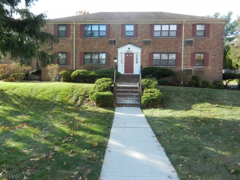 Condo / Townhouse للـ Rent في Westfield, New Jersey 07090 United States
