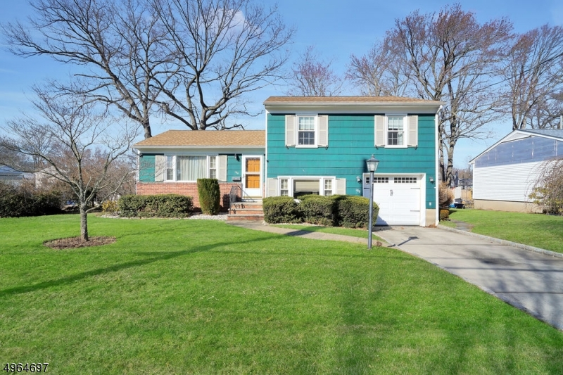 Additional photo for property listing at  Kenilworth, New Jersey 07033 United States