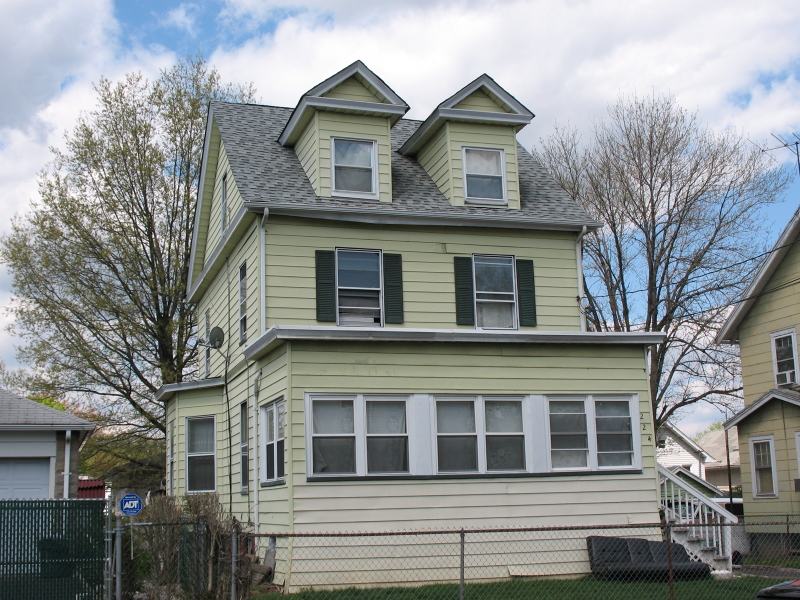 Additional photo for property listing at 224 Thompson Avenue  Roselle, Nueva Jersey 07203 Estados Unidos