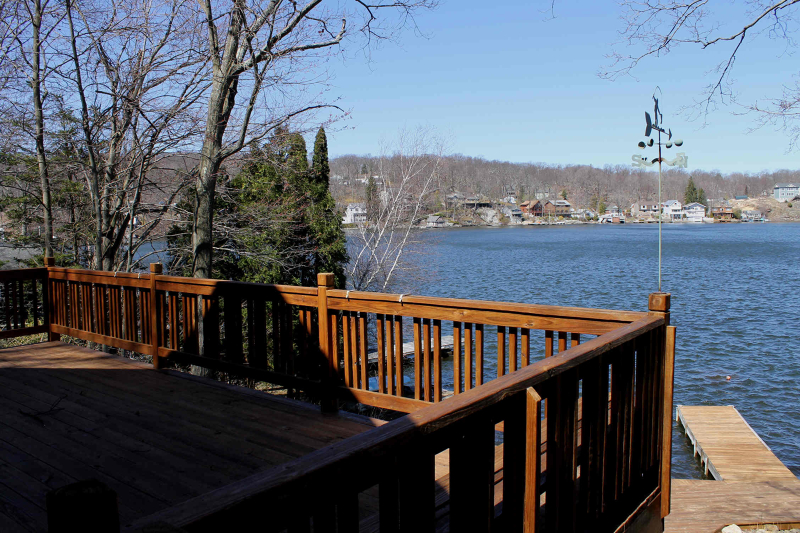 Additional photo for property listing at 315 Maxim Drive  Hopatcong, New Jersey 07843 États-Unis