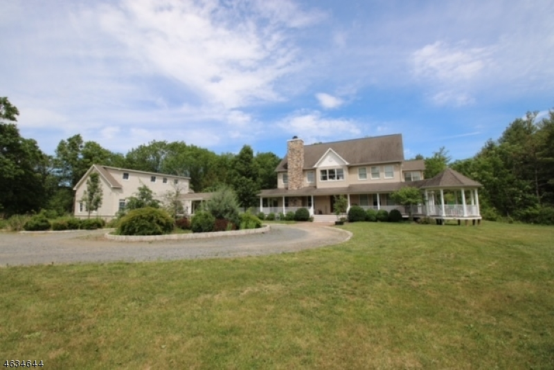 Additional photo for property listing at 641 County Road 601  Belle Mead, New Jersey 08502 États-Unis