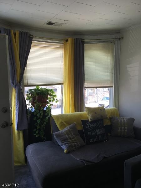 Additional photo for property listing at 257 E 23rd Street  Paterson, Нью-Джерси 07514 Соединенные Штаты