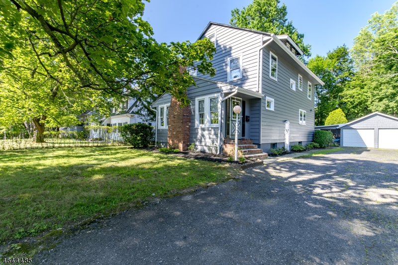 Additional photo for property listing at 153 Overlook Avenue  Boonton, Нью-Джерси 07005 Соединенные Штаты