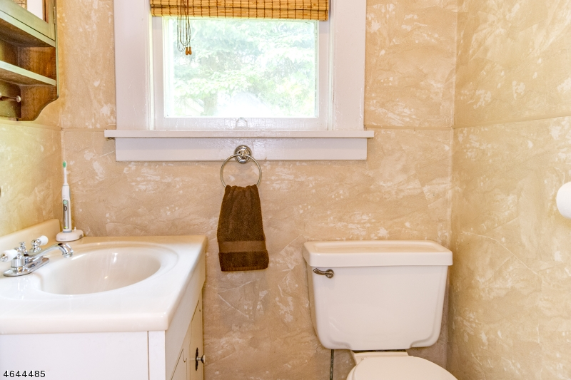 Additional photo for property listing at 153 Overlook Avenue  Boonton, New Jersey 07005 États-Unis