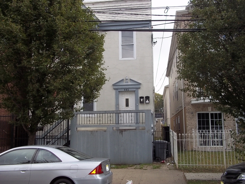 Additional photo for property listing at Address Not Available  Newark, Нью-Джерси 07107 Соединенные Штаты