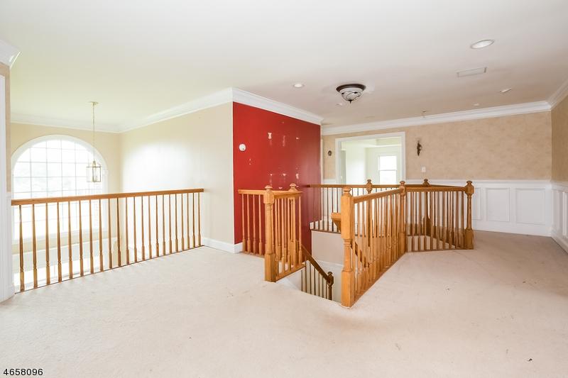 Additional photo for property listing at 115 Junction Road  Hampton, New Jersey 08827 États-Unis