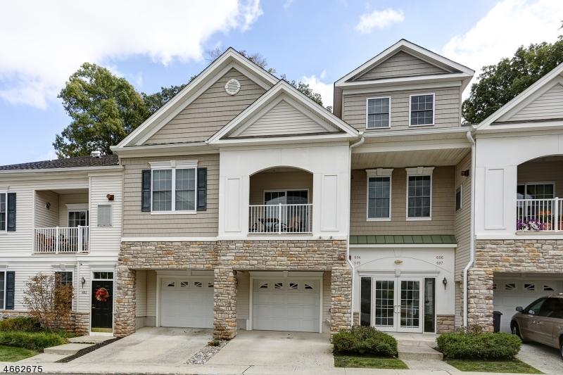 Частный односемейный дом для того Продажа на 605 Brook Hollow Drive Whippany, 07981 Соединенные Штаты