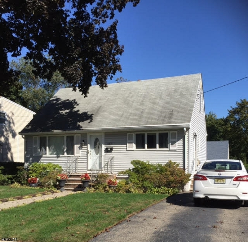 Additional photo for property listing at 287 Ackerman Place  Pompton Lakes, New Jersey 07442 États-Unis