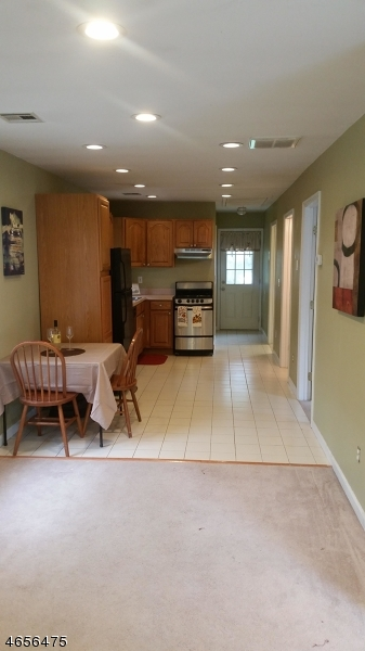 Additional photo for property listing at 16 Woodsedge Avenue  Budd Lake, Nueva Jersey 07828 Estados Unidos