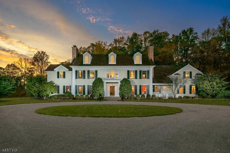 Maison unifamiliale pour l Vente à 3 Mayfield Road Morristown, New Jersey 07960 États-Unis