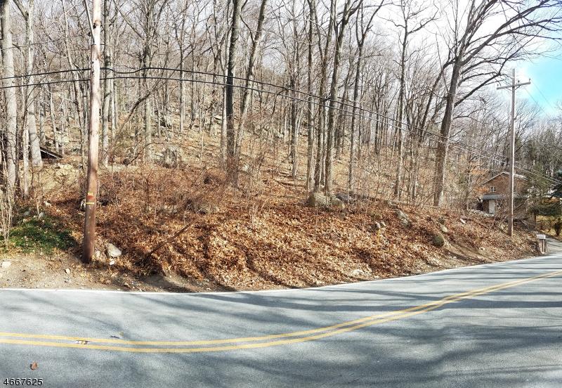 土地,用地 为 销售 在 432 Macopin Road 西米尔福德, 新泽西州 07480 美国
