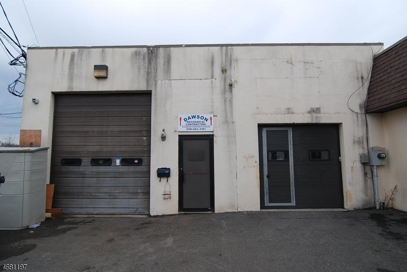 komerziell für Verkauf beim 53 Industrial Road 53 Industrial Road Berkeley Heights, New Jersey 07922 Vereinigte Staaten