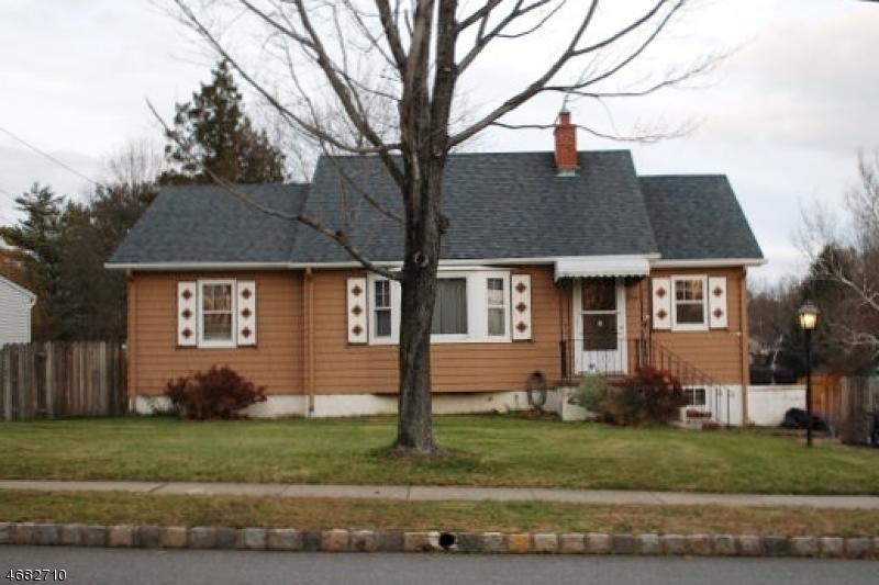 Casa Unifamiliar por un Alquiler en 80 Highland Avenue Whippany, Nueva Jersey 07981 Estados Unidos
