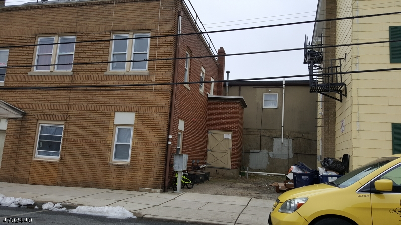 Additional photo for property listing at 112 Main Street  Hackettstown, New Jersey 07840 United States