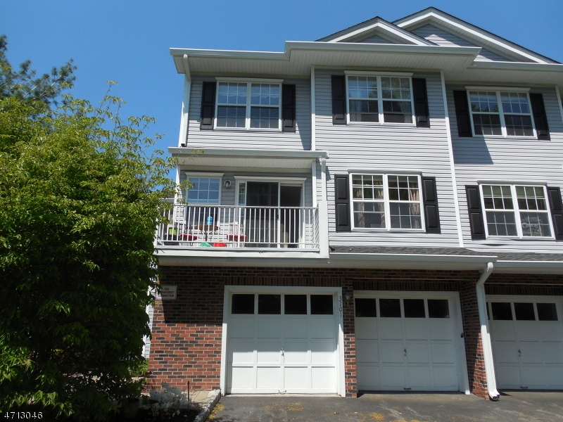 Single Family Home for Rent at 3101 Scenic Court Denville, New Jersey 07834 United States