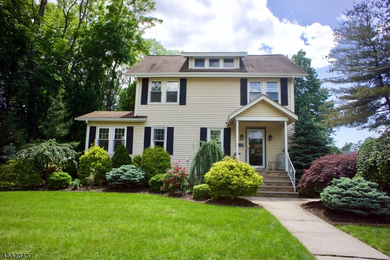 Single Family Home for Rent at 526 Forest Road Scotch Plains, New Jersey 07076 United States