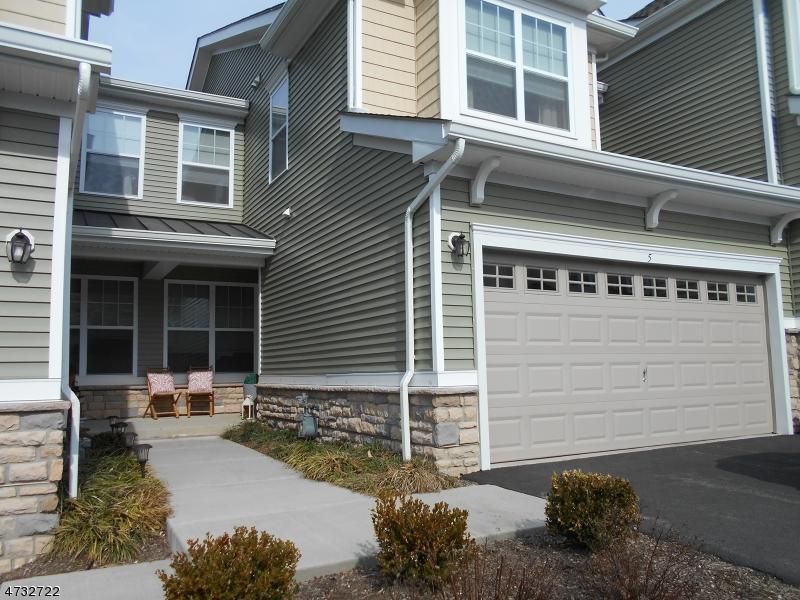 Casa Unifamiliar por un Venta en 5 Alexanders Road Allamuchy, Nueva Jersey 07840 Estados Unidos
