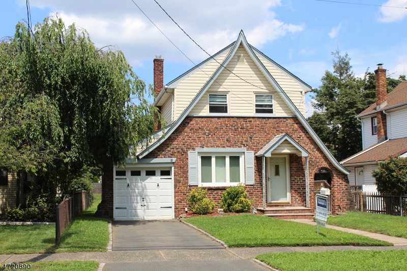 Single Family Home for Sale at 28 Chelsea Road Clifton, New Jersey 07012 United States