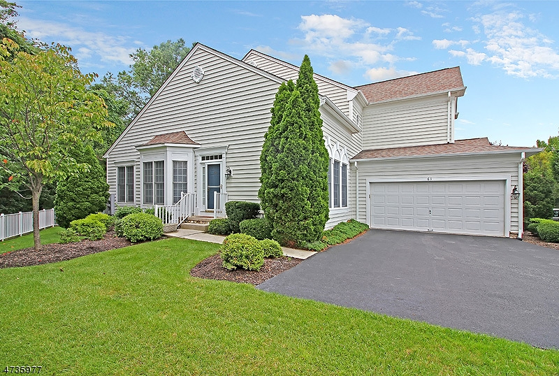 Single Family Home for Rent at 61 Thistle Drive Paramus, New Jersey 07652 United States