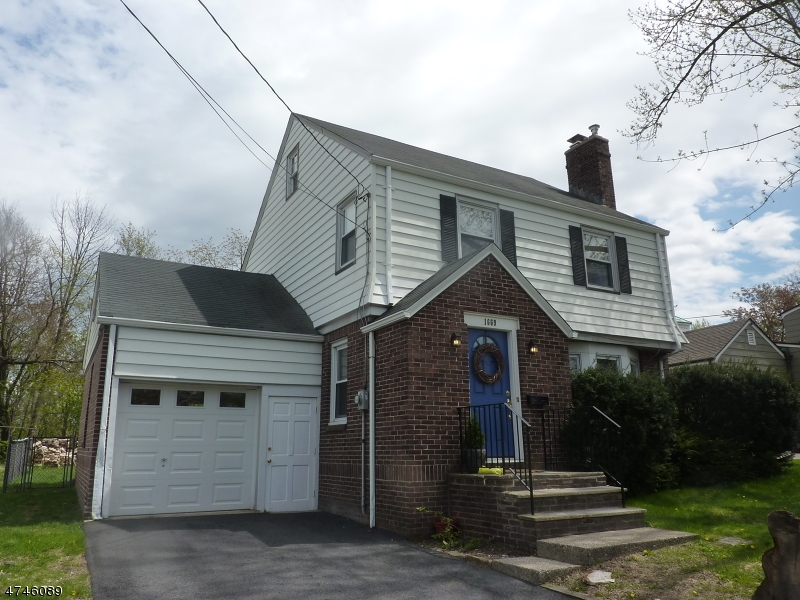 Single Family Home for Rent at 1669 Broad Street Bloomfield, New Jersey 07003 United States
