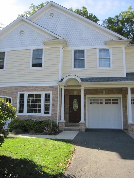 Частный односемейный дом для того Аренда на 69 Wetmore Ave, UNIT 2 Morristown, Нью-Джерси 07960 Соединенные Штаты
