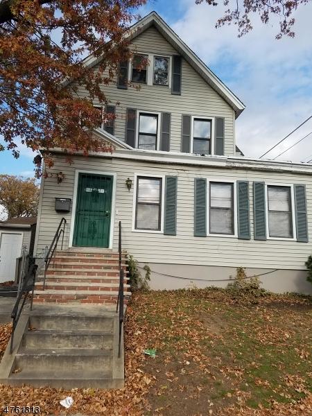 Commercial pour l Vente à 1395-99 CLINTON Avenue Irvington, New Jersey 07111 États-Unis