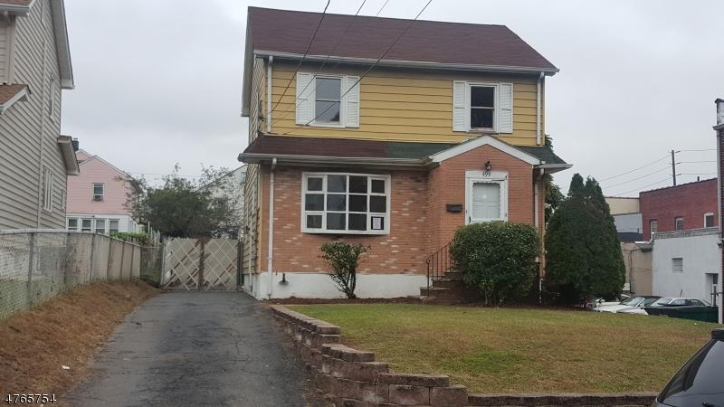 Maison unifamiliale pour l Vente à 499 Marlboro Road Wood Ridge, New Jersey 07075 États-Unis