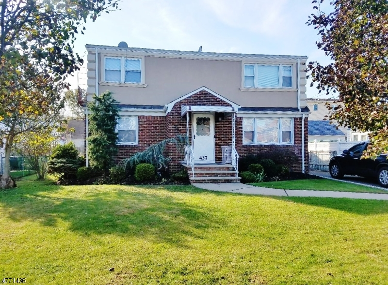 Частный односемейный дом для того Аренда на 437 Miltonia Street Linden, Нью-Джерси 07036 Соединенные Штаты