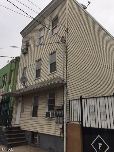 多戶家庭房屋 為 出售 在 176 McWhorter Street Newark, 新澤西州 07105 美國