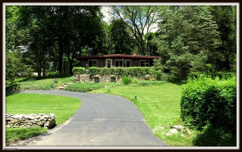 獨棟家庭住宅 為 出售 在 937 Edgewood Drive Stillwater, 新澤西州 07860 美國