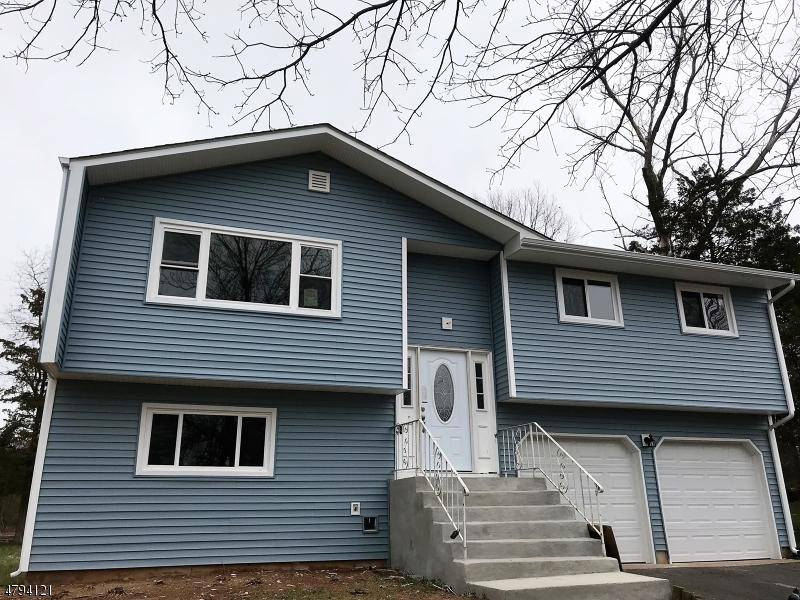 Maison unifamiliale pour l à louer à 9 Cedar Brook Drive Franklin, New Jersey 08873 États-Unis