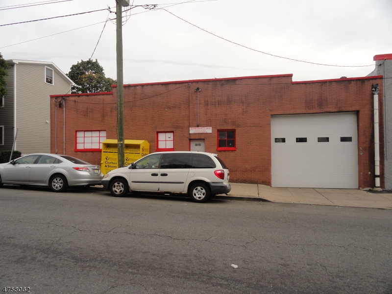Commercial for Rent at 439 OAK Street Passaic, New Jersey 07055 United States