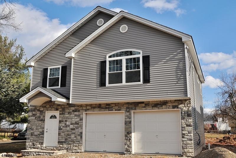 Частный односемейный дом для того Продажа на 1843 Brady Court Rahway, Нью-Джерси 07065 Соединенные Штаты