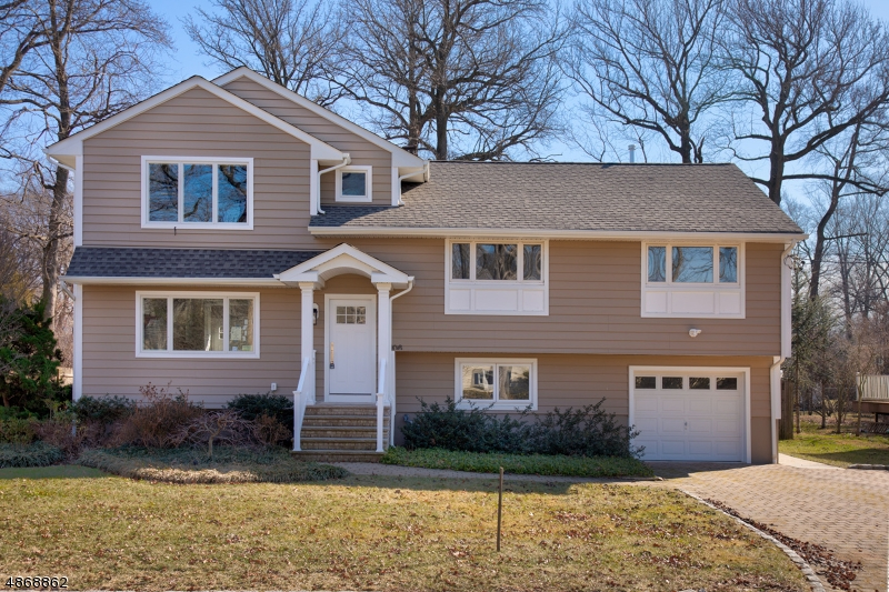 Single Family Home for Sale at 106 EDGEWOOD Road Cranford, New Jersey 07016 United States