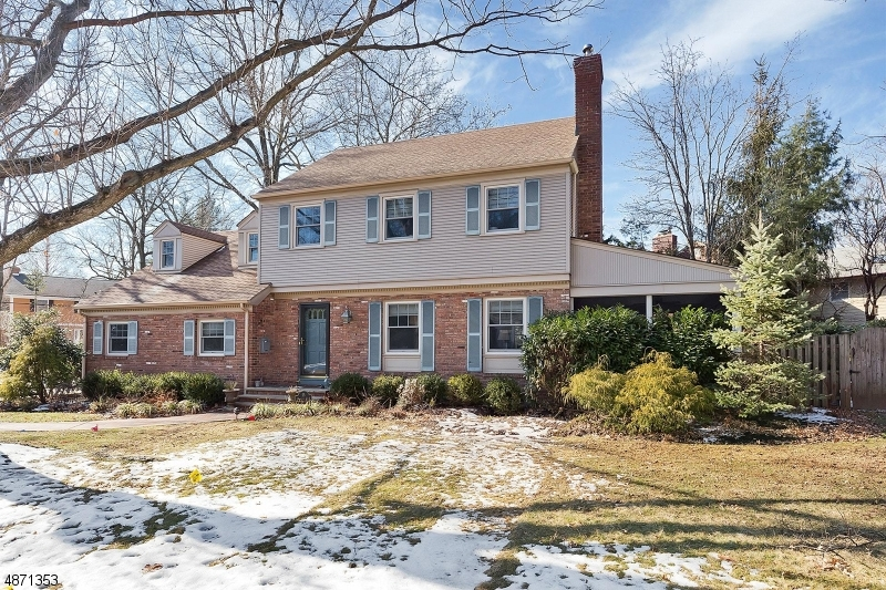 Single Family Home for Sale at 55 TILLOTSON RD 55 TILLOTSON RD Fanwood, New Jersey 07023 United States