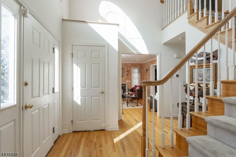 단독 가정 주택 용 매매 에 16 GRANT Avenue West Milford, 뉴저지 07480 미국