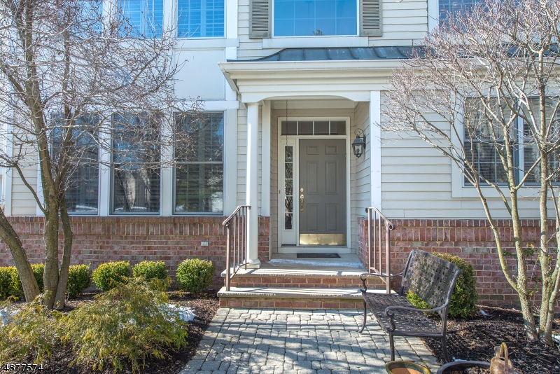 Condo / Townhouse for Sale at 78 SCHINDLER WAY Fairfield, New Jersey 07004 United States