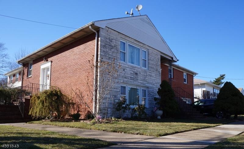 Maison unifamiliale pour l Vente à 159 CONANT Street Hillside, New Jersey 07205 États-Unis