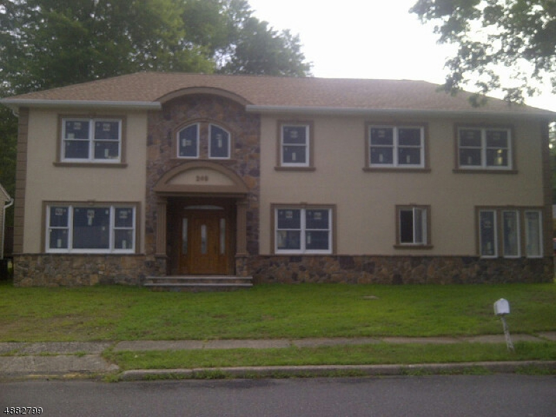 Single Family Home for Sale at Totowa, New Jersey 07512 United States