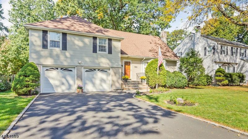 Single Family Homes 為 出售 在 Cranford, 新澤西州 07016 美國