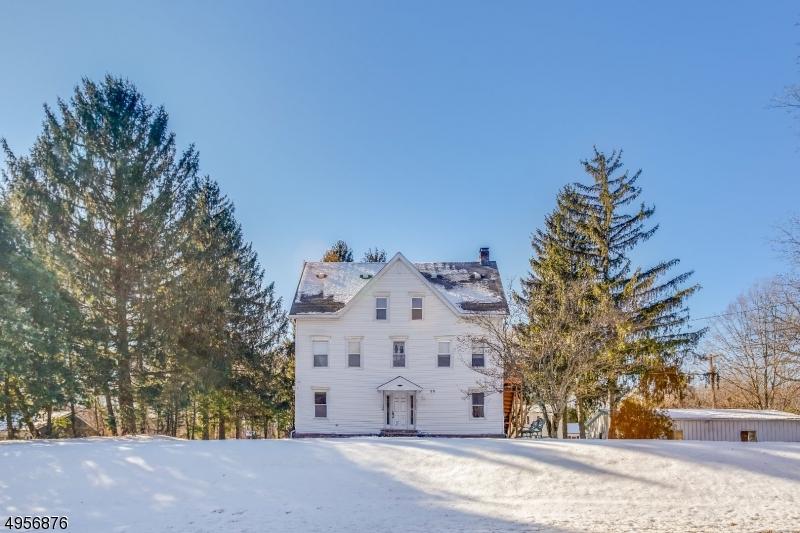 Multi-Family Homes für Verkauf beim West Milford, New Jersey 07435 Vereinigte Staaten