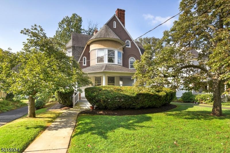 Multi-Family Homes pour l Vente à Somerville, New Jersey 08876 États-Unis