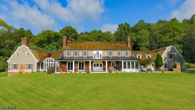Single Family Homes für Verkauf beim Tewksbury Township, New Jersey 08833 Vereinigte Staaten