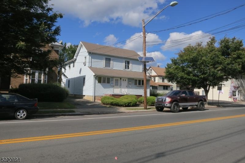 Multi-Family Homes للـ Sale في Dunellen, New Jersey 08812 United States