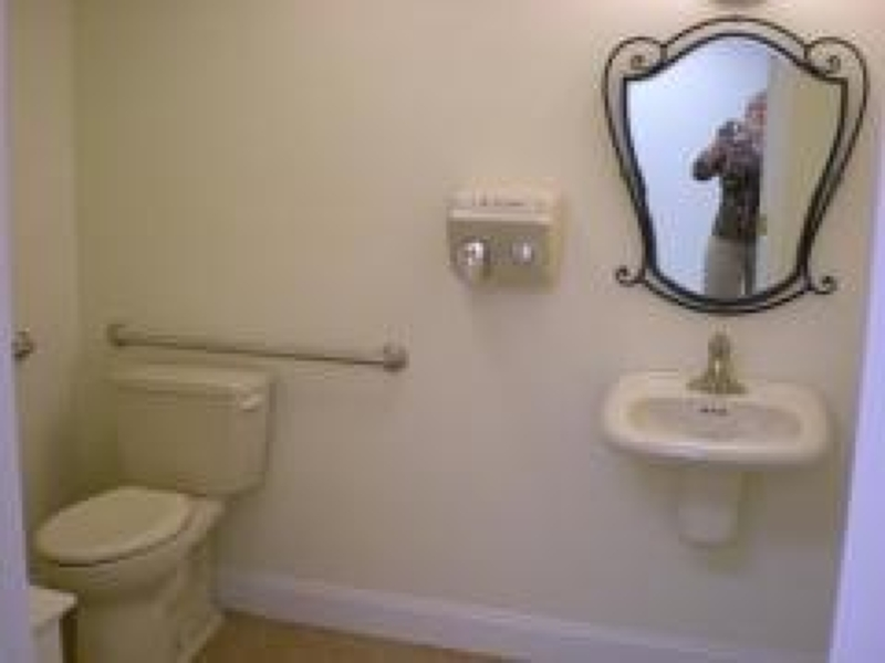 Additional photo for property listing at 257 Spring St Suite 3  Newton, Nueva Jersey 07860 Estados Unidos
