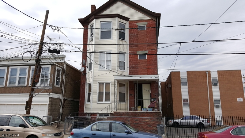 Additional photo for property listing at 133 Bloomfield Avenue  Paterson, Nueva Jersey 07503 Estados Unidos