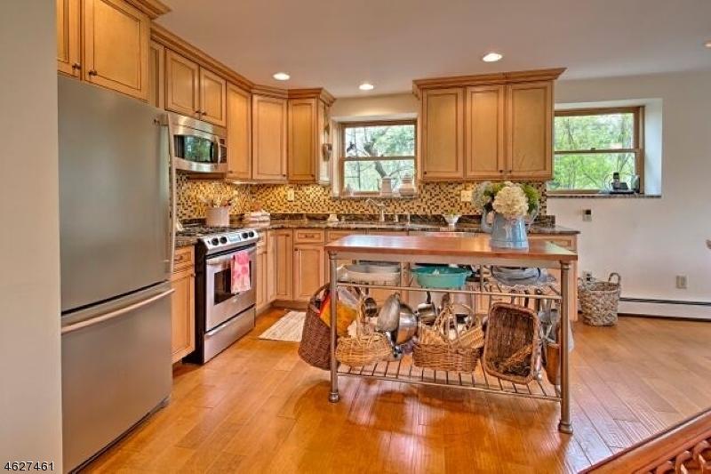 Additional photo for property listing at 46 Myrtle Avenue  Branchville, Нью-Джерси 07826 Соединенные Штаты