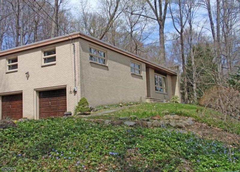 独户住宅 为 销售 在 734 Van Emburgh Avenue Township Of Washington, 07676 美国